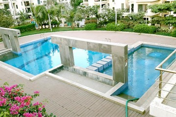 Amit's Colori Swimming Pool
