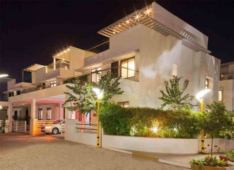 Night View Amit's Bloomfield  Ready Possession Villas in Ambegaon, Pune